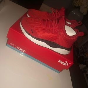 NWB Girls red puma sneakers size 11